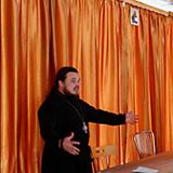 «ЛЮДИ В ЧЕРНОМ» УДАРЯЮТ ПО ЦЕРКВИ: сезон привлечения молодежи в лже-Православие открыт в Крыму